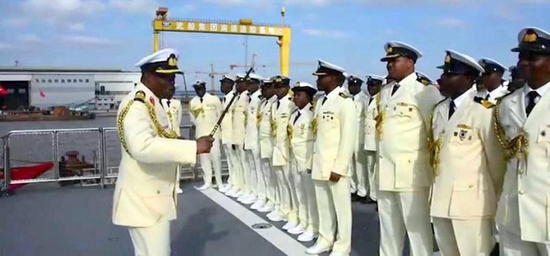 Navy arrests 9 oil thieves in Bonny waterways