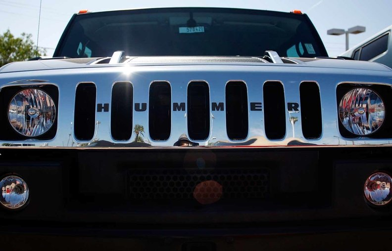 GM to revive Hummer with electric pickups, SUVs