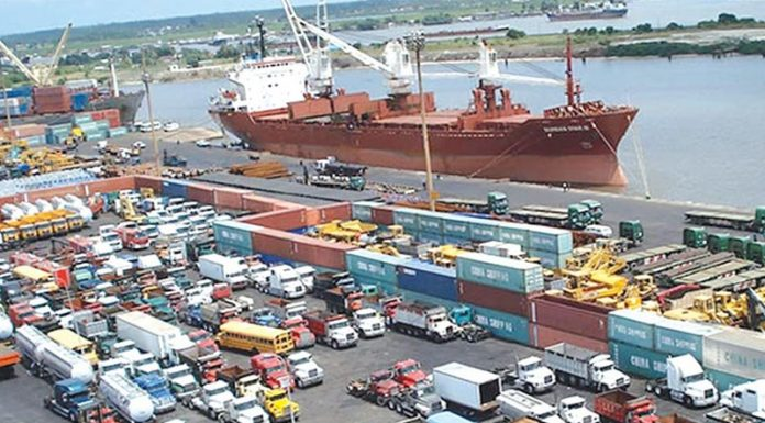 APM terminals to decongest Apapa port, announces 50% discount